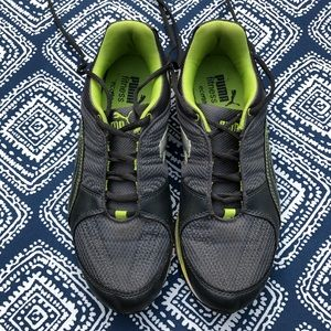 Puma grey and lime running sneaker - Size 9.5